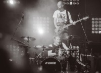 guano-apes-live-in-moscow-stadium-live-2014_15