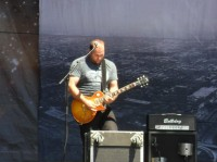 guano-apes-solo-guitar-Henning-Rumenapp